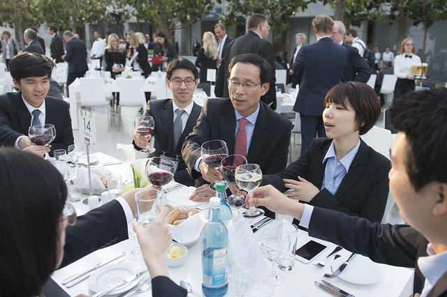 Jeong-ho Choi and Korean delegates raise a toast