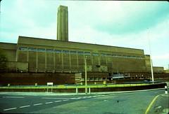 London: Bankside Power Station 1981 (beareye2010) Tags: london tate tatemodern 1980s bankside se1 banksidepowerstation sumnerstreet hoptonstreet