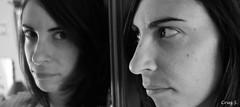 Desde el espejo (Cruz S.) Tags: yo bn autorretrato