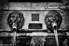 1710 / 2011 (ikaune) Tags: urban blackandwhite bw fountain noiretblanc streetphotography nb streetphoto fontaine numérique urbanlandscape urbain paysageurbain ikaune