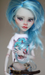 Ghoulia (Aya_27) Tags: blue cute girl monster high amazing doll pants sweet top girly gray jeans lovely custom dolly repaint yelps ghoulia helleg ttya monsterhigh ghouliayelps kamarza