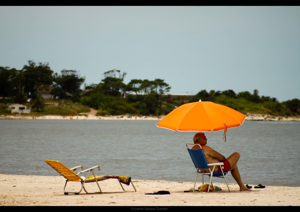 The world 39 s best photos of solo and sombrilla flickr - Sombrilla playa ...