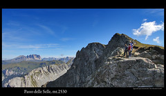 Passo delle Selle (Locatelli Alessandro) Tags: mountain montagne canon dolomiti 1022 monti selle passo canon1022 50d eos50d canon50d passodelleselle