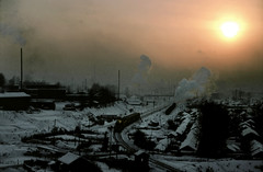 Hunjiang Sunset (Kingmoor Klickr) Tags: china sunset smog rail js jilin provnce 8234 hunjiang