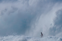 Pipe Masters 2011 (davemerron) Tags: trip winter vacation usa white mountain game water wall canon photography hawaii surf oahu crash pipe over surfing northshore 7d pro billabong pipeline