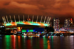 BC Place at Night during Holidays (TOTORORO.RORO) Tags: light holiday canada color reflection night vancouver 35mm lens downtown bc sam britishcolumbia sony falsecreek alpha f18 hdr bcplace nex greatervancouver mirrorless nex5 sal35f18