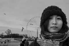 Ying-Hsiu Chen (A FUTURE FOTO) Tags: city trip travel winter vacation portrait people bw white holiday black paris france birds photography grey blackwhite nikon europe december ashley concorde iledefrance taiwanese semester chen d80 yinghsiu