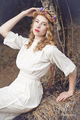 Ianna (Anny To Photography) Tags: california santa county light portrait flower nature fashion canon vintage hair outdoors photography 50mm model soft photographer dress natural sonoma rosa to dreamy wavy anny whimsical forestville at 40d heaband annytophotography