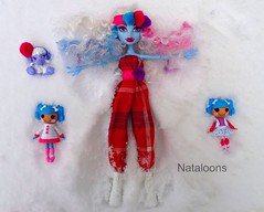 Snow Angels (Nataloons) Tags: snow abbey up fashion monster by high doll handmade n mini fluff clothes angels stuff mattel mittens bundles louos shivver souol monsterhigh mittensfluffnstuff lalaloopsy bominable abbeybominable