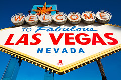 M35953_Welcome_Las-Vegas (aamengus) Tags: vegas usa sign neon unitedstates lasvegas nevada january wideangle landmark casino nv sight welcome 1959 2012 welcometofabulouslasvegas efs1022 efs1022mmf3545usm сша eos7d ласвегас