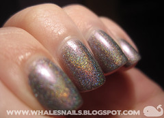 diskorelaks (Whale'sNails) Tags: swatch nailpolish q hol holographic barbra colouralike