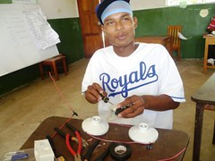 Education for Success Short Vocational Courses 2012: Domestic Electricity 17 (FADCANIC) Tags: nicaragua williamscollege lagunadeperlas saih unanlen fadcanic pearllagoonacademyofexcellence indigenousandafrodescendents