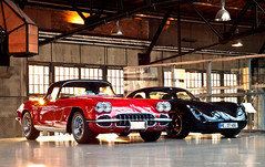 Old & New (Chris Wevers) Tags: chevrolet dsseldorf corvette tvr roadster c1 tuscan meilenwerk chriswevers classicremise