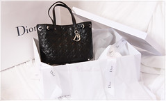 Dior (noorelshams) Tags: fashion bag box cd gift dior christiandior whiteblack