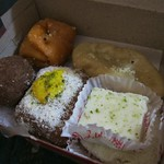 "Bengali Sweets <a style=""margin-left:10px; font-size:0.8em;"" href=""http://www.flickr.com/photos/14315427@N00/6829190711/"" target=""_blank"">@flickr</a>"