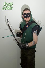 IMG_0665 (Neil Keogh Photography) Tags: black male green comics dc pants mask top jacket gloves hero hood cosplayer dccomics armour merc mercenary greenarrow bowarrow salfordcomiccon2016