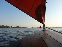 Sjgte perspective - 2 (Jaedde & Sis) Tags: triangle sailing perspective hjarbk unanimous challengefactorywinner thechallengefactory sjgte