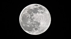 Full moon (Abysswatch) Tags: sky moon night space full astronomy