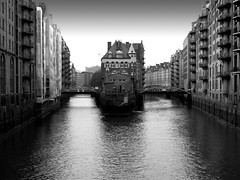 Hanseatic Warehouses - Wandrahmsfleet (Gerry Balding) Tags: germany canal hamburg bridges warehouses hanseatic wandrahmsfleet