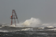 IMG_0183_adj (md93) Tags: sea lighthouse storm clyde waves harbour storms calmac ardrossan