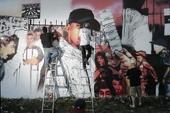 (EMENFUCKOS) Tags: chicago art paint tech error d spray chuck anti gamble immigration ryno smore c3po momentum teel antiimmigration tokeo jekol momentumarttech highlevelart