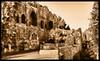 الواجهة الخلفية لقلعة دمشق - Back end of the castle of Damascus