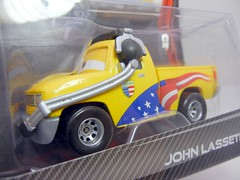 DISNEY CARS 2 KMART CREW CHIEF 2 PACK JOHN  LASSETIRE (2) (jadafiend) Tags: scale kids toys model disney puzzle pixar remotecontrol collectors adults variation francesco launcher cars2 crewchief lightningmcqueen lewishamilton targetexclusive kmartexclusive collectandconnect raoulcaroule jeffgorvette johnlassetire carlomaserati piniontanaka carlavelosocrewchief mcqueenalive denisebeam meldorado pitcrewfillmore francescoscrewchief