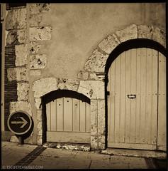 Paris041 (T. Scott Carlisle) Tags: hasselblad tsc tscottcarlisle tscottcarlislecom film80mmhoneymoonparis