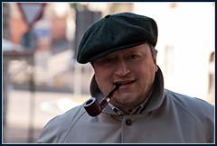 ritratto con pipa (andaradagio) Tags: canon pipe smoking smoker pipa pipesmoker andaradagio nadiadagaro