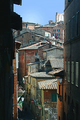 Siena (laura.foto) Tags: italy alley italia roofs tuscany siena toscana platinumheartaward medievalcenterflickraward
