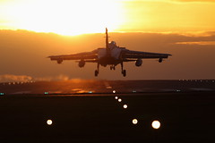 AW2H7685 (roger simons(lonewolf)) Tags: sunset canon eos sundown aviation 1d tornado raf mkiv wintersun millitary panavia gr4 300mmf4l marham