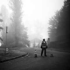 (sparth) Tags: road leica bw fog square washington foggy redmond worker washingtonstate m9 sammamish carre leicam9 bwsquare blackandwhitesquare