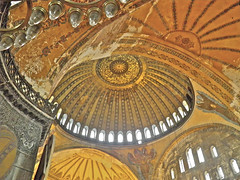 Hagia Sophia (guillermogg) Tags: city museum architecture arquitectura edificios muslim islam religion ciudad istanbul mosque latin mezquita orthodox hagiasophia istambul templo turkish ayasofya santasofia holywisdom sanctasophia musulmanes sanctasapientia konomark