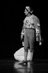 A Caravana da Ilusão (Soucheff) Tags: mostra cidade de teatro amor celina sp artistas da paulo bela caminhos são destino municipal alves ilusão futuro lourdes bauru caravana bufo neves músicos cigana mudo 11ª escolhas trupe bifurcação ziga bufão maldição a lorde premonição