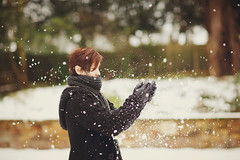 it snowed... finally.. (In Memory Lane~) Tags: winter england snow male london dof bokeh mark 85mm nicholas ii 5d lau 85l