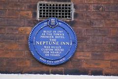 Photo of Neptune Inn, Hull blue plaque