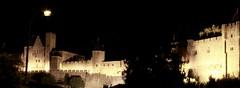 13.09.2011: Carcassonne - Ansicht der Festungsmauern bei Nacht