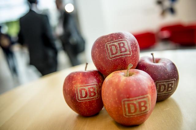 Deutsche Bahn apples
