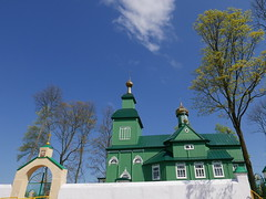 Wooden church on the way from Hajnowka to Bialystok (roomman) Tags: road street wood colour building green tower church beautiful wooden high panel entrance poland holy tall entry between 2016 bialystok panelw hanowka