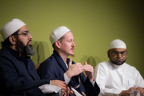 "Shaykh Yahya Rhodus at SeekersHub, Toronto and Seminar Series: Worship, Coffee and The Meaning of Life • <a style=""font-size:0.8em;"" href=""http://www.flickr.com/photos/88425658@N03/26805502146/"" target=""_blank"">View on Flickr</a>"