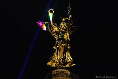 Global Rainbow 009 (Frank Guschmann) Tags: nikon laser siegessule laserprojektion d7100 yvettemattern globalrainbow frankguschmann nikond7100