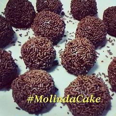 Boa noite!!! Amanhã tem mais delícias!!! 😋🍫🍰❤🎂 #molindacake #cake #cakedecorating #cakedesign #cakeart #candy #sweet #bolo #chocolate #brigadeiro #delicious #instacake #instafood #instacandy (Molinda Cake) Tags: boss cake pasta americana bolo bolos confeitados molinda