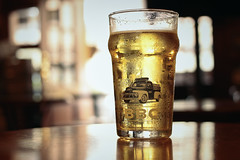 Cerveza Fria ([+]Guerrero) Tags: light cold luz beer bogota cerveza company bbc product fria producto