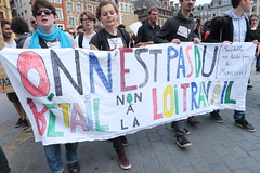 manif_26_05_lille_093 (Rmi-Ange) Tags: fsu social lille fo unef retrait cnt manifestation grve cgt solidaires syndicats lutteouvrire 26mai syndicattudiant loitravail