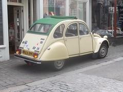 Citroen 2CV #3 (occama) Tags: old uk white car french cornwall citroen ivory 1984 2cv 1985 b624bwc