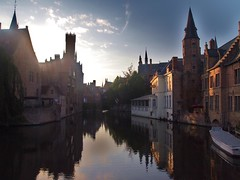 Bruges in the Sunshine (lindscatt) Tags: sun reflection church water sunshine canal belgium centre brugge tourist reflect bruges citycentre touristattraction attraction towncentre touristdestination