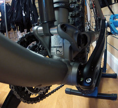 2012 Trek EX8 DEMO Press fit BB90 (Speeds Cycles, Bromsgrove) Tags: bike trek demo fox fuel 2012 shimano bontrager slx ex8 bb90 speedscycles