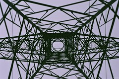 (orlandocobian) Tags: cloud warning high antena alto antenna voltage 2011 voltaje orlandocobian