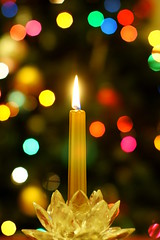 Candle in front of a Christmas Tree (wwu124) Tags: christmas lights minolta bokeh sony mc 58mm f12 rokkorpg 5812 nex3