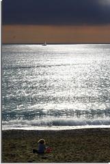 Il mare d'inverno (meghimeg) Tags: winter light sea girl ball boat barca mare seagull sail vela inverno lavagna luce gabbiano palla bambina 2011